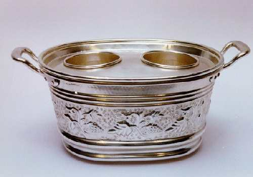 chiselled silver-plated small basin - art. 410